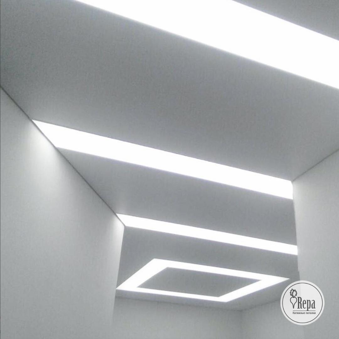 Какие светильники для натяжных потолков выбрать?